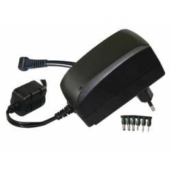 Adaptador de corriente universal 3v a 12v